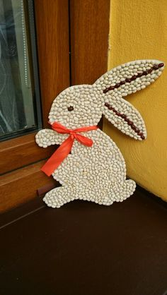 Easter Bunny seed craft idea for kids. Bean and seed art See template in Images-special purpose Diy Arts And Crafts, Craft Stick Crafts, Creative Crafts, Preschool Crafts, Easy Crafts, Paper Crafts, Bunny Crafts, Easter Crafts For Kids, Seed Craft