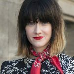 30 Classy Short Hairstyles with Bangs to Give a Try in 2019 Short Hairstyles For Thick Hair, Elegant Hairstyles, Hairstyles With Bangs, Curly Hair Styles, Curly Haircuts, Hairstyle Ideas, Hair Ideas, Short Hair With Bangs, Short Hair Cuts