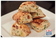 These Bacon Cheddar Biscuits are perfect to serve at your next family brunch! - My Hobbies Bacon Biscuit Recipe, Muffins, Brunch, Cheddar Biscuits, Bread Bun, Easy Food To Make, Morning Food, Dinner Rolls, Other Recipes