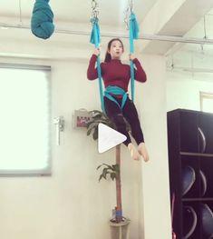 Insta's makes it all look so easy! Aerial Yoga Hammock, Aerial Dance, Aerial Silks, Aerial Hoop, Aerial Arts, Trx, Silk Yoga, Yoga Rope, Yoga Motivation