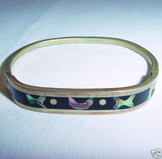 Vintage 1960s-1970s IRIDESCENT Mother of Pearl or ABALONE Marked Mexico BRACELET