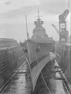 HMS Prince of Wales in dry dock at Rosyth in 1940 Minions, Hms Prince Of Wales, Hms Hood, Capital Ship, Merchant Marine, As Time Goes By, United States Navy, Navy Ships, Royal Navy