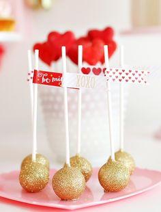 Gold glitter cake pops