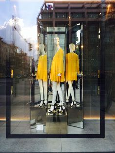 Zara window display, Berlin