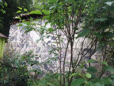 Atelier la tête dans les arbres: exposition & jardin mur peinture feuillage