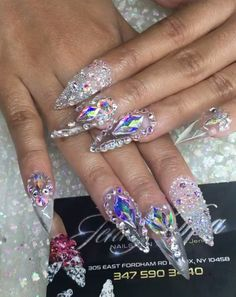 You'll Need Eclipse Glasses To See Cardi B.'s Latest Nail Art . Nail Art cardi b nail artist Glam Nails, Bling Nails, Fun Nails, Pretty Nails, Crazy Nails, Bling Nail Art, Dope Nails, Beauty Nails, Swarovski Nails