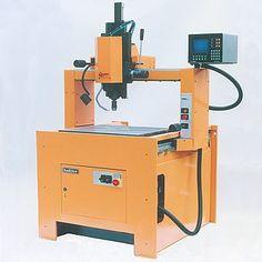 Koordinaten-Bohrmaschine