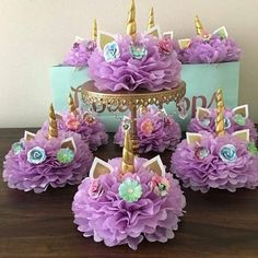 How to create a unicorn centerpiece for your unicorn party – BuzzTMZ Unicorn Themed Birthday Party, Birthday Cake Girls, 1st Birthday Parties, Birthday Party Decorations, Birthday Ideas, Unicorn Baby Shower Decorations, Garden Birthday, Star Decorations, Pyjamas Party