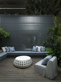 Find Out 15 Inspiring Black Outdoor Garden Design Ideas Outdoor Space, Outdoor Rooms, Fence Design, Exterior Design, Front Yard, Outdoor Design, Timber Screens