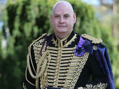 The Alba Hussar says, come dine with me, at our Jacobite Commanders candlelit dinner, held at the famous Salutation Hotel Perth,#comejoinourCampaign, visit jacobitetours.co.uk