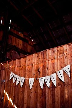 our barn wedding reception (angelacoxphotography.com)