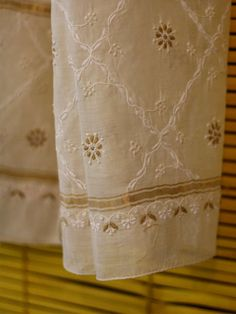 Buy Cream Chikankari Stole • The Color Caravan