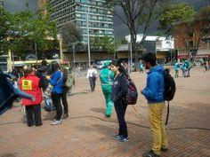 21/02/14 Área operativa y de gestión social, apoyan jornada de Autocuidado del habitante de calle en la plaza Lourdes.