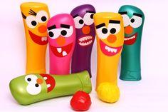 Boliche com vidros de shampoo/Bowling with bottles of shampoo Kids Crafts, Diy And Crafts, Arts And Crafts, Recycled Bottles, Recycled Crafts, Shampoo Bottles, Plastic Bottle Crafts, Plastic Bottles, Monster Party