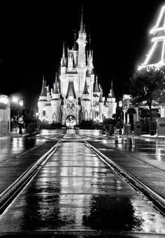I just want to sit down smack dab in the middle of an empty Main Street USA and just take it all in.