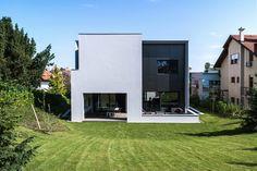 Galería de Casa en la Calle Z / Dva Arhitekta - 1