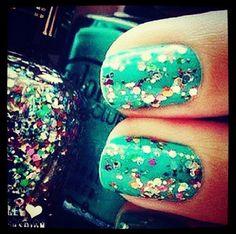 #nails #glitter