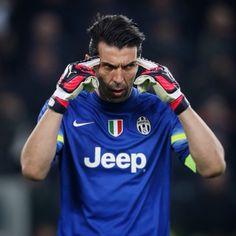"""""""Gianluigi #Buffon"""""""