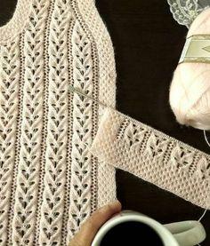 No photo description available. Knitting Daily, Lace Knitting Patterns, Turkish Fashion, Knit Vest, Crochet Art, Cardigan Pattern, Lace Design, Arm Warmers, Elsa