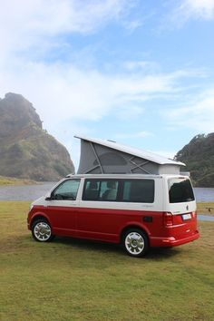 Volkswagen California Ocean road test: Life's a breeze - Road tests - Driven Volkswagen Bus, Vw T1, Vw California Camper, T6 California, Off Road Camper Trailer, Camper Trailers, Camper Van, Vw Transporter Van, Combi Ww