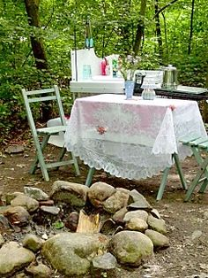 Sink set up (complete with cute accessories!) and table/chair set #camping #glamping