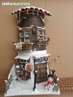 MIL ANUNCIOS.COM - Tejas decoradas. Casa y Jardín tejas decoradas Clay Houses, Ceramic Houses, Clay Fairy House, Fairy Houses, Christmas Town, Christmas Crafts, Popsicle Stick Houses, Diy Garden Furniture, Tile Crafts
