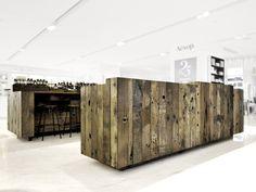 4_cool-wood-desk-counter-store-branding-pallete-clean-room