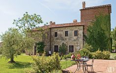 Architects Marta and Oscar Fisch did a long-distance redesign for their summer residence in Tuscany's Val di Chiana,   http://www.architecturaldigest.com/homes/features/2011/07/italian-v...
