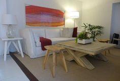 MARABIERTO - mesa Cross, banquito Trac, sofá Lux, cuadro Taco, mesa lateral Matty, Lámpara Berta.