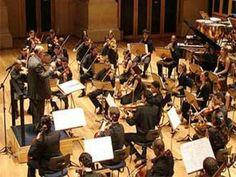 A Orquestra Jovem Tom Jobim apresenta concerto com músicas brasileiras e estadunidenses no Memorial da América Latina. As apresentações acontecem nos dias 30 e 31 de março, às 21h e às 17h, respectivamente, com entrada Catraca Livre.