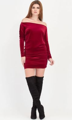 Rochie din catifea elastica scurta cu umeri goi Casual, Dresses, Fashion, Legs, Skirts, Vestidos, Moda, Fashion Styles, Dress