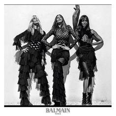 Primavera verano 2016 Balmain Paris - Style Lovely #Actualidad, #Balmain_Paris, #Cindy_Crawford, #Claudia_Schiffer, #Moda, #Naomi_Campbell, #Noticias