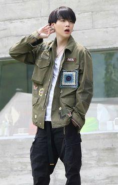 Bts Suga, Jimin 95, Min Yoongi Bts, Jhope, Yoonmin, Foto Bts, Min Yoongi Wallpaper, Taehyung, Pokerface
