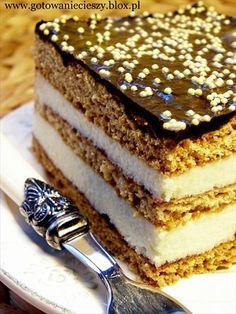 Ciasto czeskie lub ciasto grysikowe.