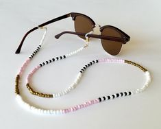 Beaded Jewelry, Beaded Necklace, Beaded Bracelets, Necklaces, Necklace Chain, Jewellery, Diy Glasses, Choker, Eyeglass Holder