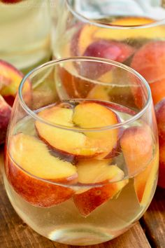 This Peach Sangria is super easy to throw together and something all of your party guests will love! With only four ingredients, you will make this easy cocktail all of the time. Best Margarita Recipe, Margarita Recipes, Dirty Martini Recipe, Peach Sangria Recipes, Iced Tea Cocktails, Holiday Cocktails, Gimlet Recipe, Bloody Mary Recipes, Alcohol Recipes