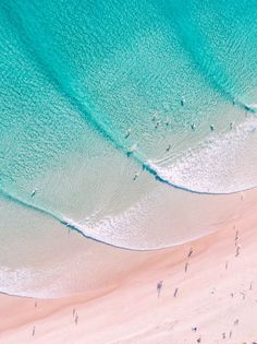 - Byron Bay - Clarkes Beach Cape Byron, Byron Bay, New South Wales. War Photography, Types Of Photography, Aerial Photography, Landscape Photography, Landscape Photos, Beach Aesthetic, Summer Aesthetic, Blue Aesthetic, Beach Pictures
