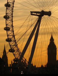 London Eye & Big Ben at sunset by Harshil.Shah, via Flickr