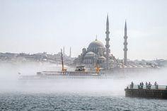 The Golden Horn of Istanbul - photo by Jürgen Horn & Michael Powell