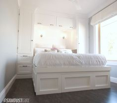 Bedroom wardrobe bed built ins new Ideas Bedroom Built Ins, Small Bedroom Storage, Closet Built Ins, Built In Wardrobe, Bed Storage, Storage Ideas, Bedroom Small, Built In Bedroom Cabinets, Built In Daybed