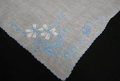 VINTAGE WEDDING HANKIE, BLUE MADEIRA EMBROIDERY, 4 CORNERS #152