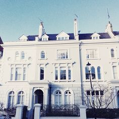 #NottingHill by @siobhaise  Love it! ❤️ // #thisislondon #London
