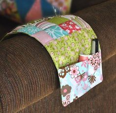 Riley Blake Designs -- Cutting Corners: Dainty Blossoms Couch Pincushion