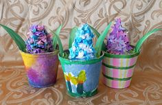 that artist woman: Paper Hyacinths 3 Ways.adorable with the pine cone. Spring Art Projects, Spring Crafts, Class Projects, Art For Kids, Crafts For Kids, Kid Art, Garden Party Favors, Birthday Care Packages, Best Gifts For Him