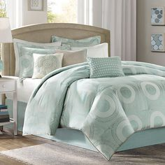 Transform your master suite or guest room with this timeless comforter set, featuring a circle medallion motif in seafoam blue.     Pro...