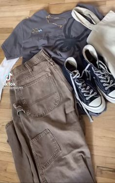 Indie Outfits, Edgy Outfits, Retro Outfits, Cute Casual Outfits, Fashion Outfits, 00s Mode, Swaggy Outfits, Moda Paris, Tomboy Fashion