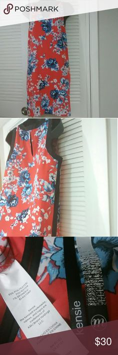 "Kensie sz Med red floral sleeveless dress Beautiful dress in excellent like new condition.  Bundle with other items for discount or make an offer!  18"" armpit to armpit 17"" across waist 36"" length Kensie Dresses"