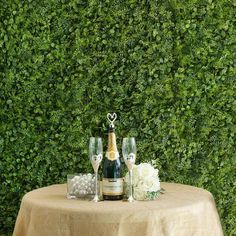Artificial Boxwood Hedge Black Locust and Cypress Leaves Foliage Green Garden Wall Mat Artificial Boxwood, Artificial Flowers, Life Like Babies, Grass Decor, Boxwood Hedge, Wall Backdrops, Green Garden, Lush Green, Hedges