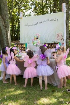 How to host a fairy birthday party for kids. Catering ideas for fairy birthday party and decorations for little girl's outdoor event Princess Tea Party, Princess Birthday, Girl Birthday, Princess Sophia, Fairy Birthday Party, Garden Birthday, Birthday Ideas, Birthday Parties, Girl Parties