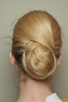 Complete your #Easter look with a chic bun. #hairstyles #beauty